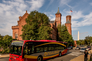 DC Circulator in Front of Smithsonian Castle